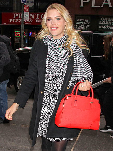 BRIGHT SIDE photo | Busy Philipps