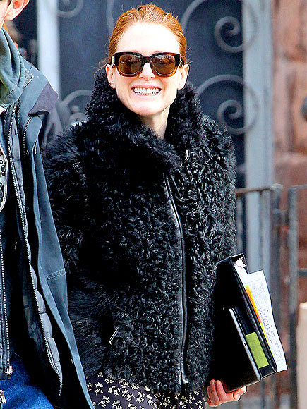 FLUFF FACTOR photo | Julianne Moore