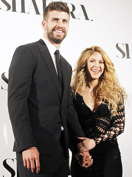 STRENGTH IN NUMBERS photo | Gerard Pique, Shakira