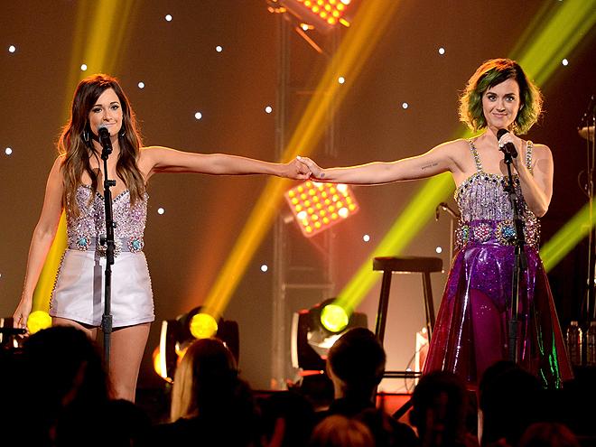 Katy Goes Country photo | Katy Perry