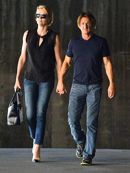 A HOLD ON YOU photo | Charlize Theron, Sean Penn