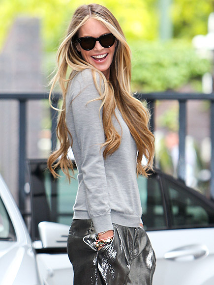 ON THE FLIP SIDE photo | Elle Macpherson