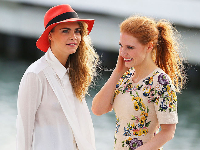 LAUGH OUT LOUD  photo   Jessica Chastain