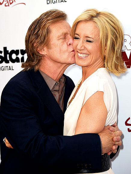 PUCKER UP photo | Felicity Huffman, William H. Macy