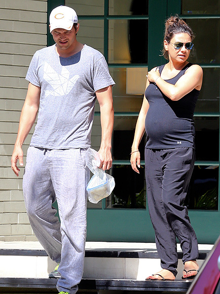 READY FOR THIS BELLY photo | Ashton Kutcher, Mila Kunis