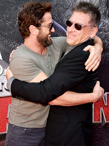 HUG IT OUT photo | Craig Ferguson, Gerard Butler