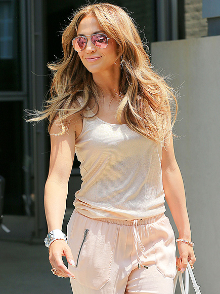 BACK TO THE BLOCK photo | Jennifer Lopez
