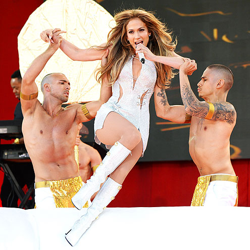 WE HAVE LIFTOFF photo | Jennifer Lopez