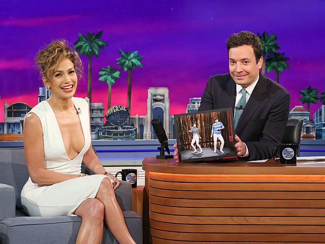 STRAIGHT TALKER photo | Jennifer Lopez