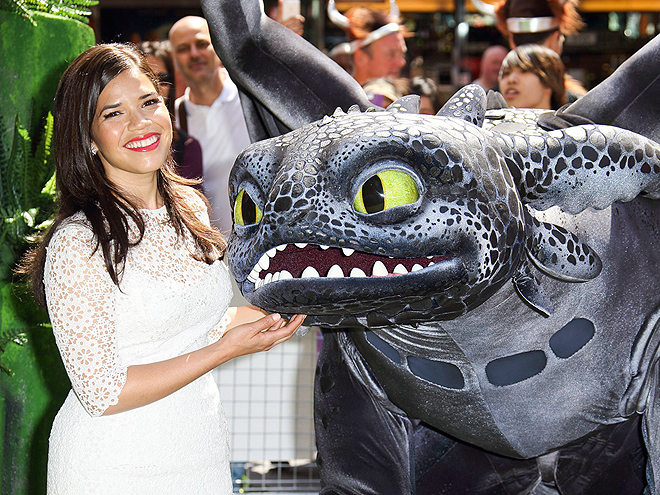 BEAUTY & THE BEAST photo | America Ferrera