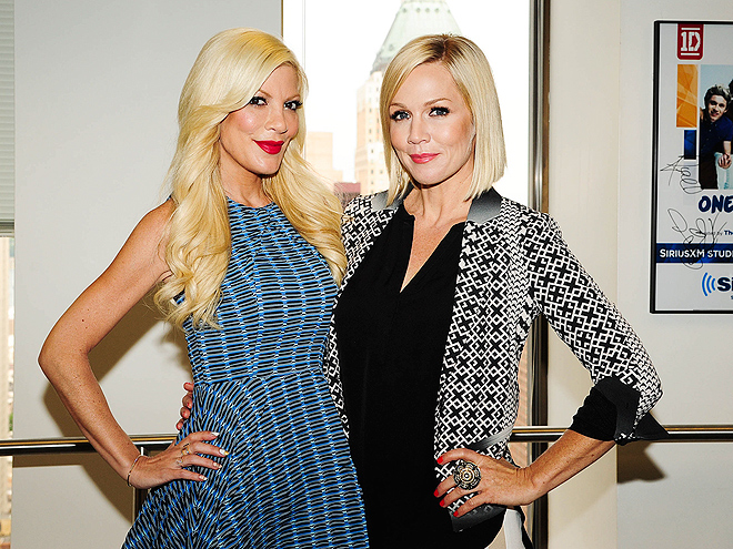 BLONDE AMBITION photo | Jennie Garth, Tori Spelling