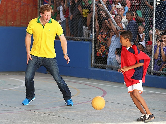 PLAY ACTION photo | Prince Harry