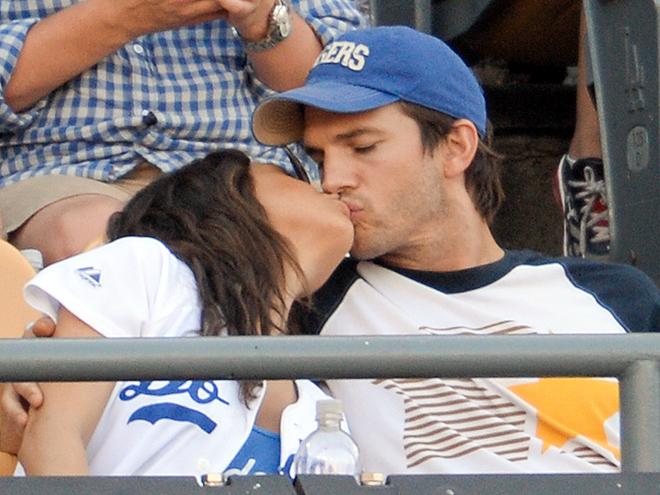 KISS CAM? photo | Ashton Kutcher, Mila Kunis