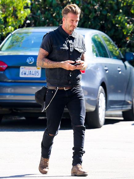 INCOMING MESSAGE photo | David Beckham