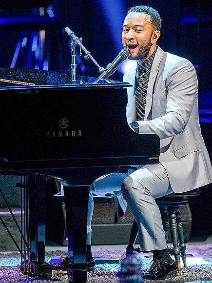 PIANO MAN photo | John Legend