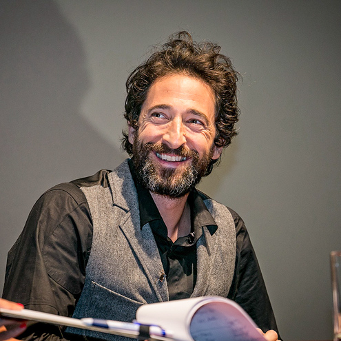NOW YOU SEE HIM … photo | Adrien Brody