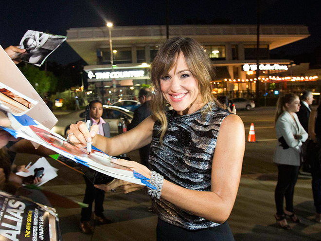 PEN PAL photo | Jennifer Garner