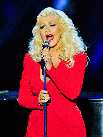 Star Tracks: Monday, November 10, 2014 - RED HOT MAMA ... Christina Aguilera Obituary