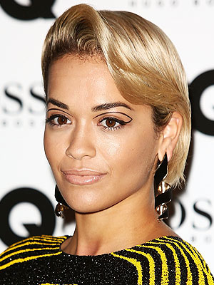Rita Ora eyeliner