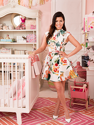 Kourtney Kardashian Mini Magazine Calabasas Home