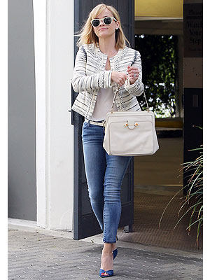 Reese Witherspoon jacket and jeans