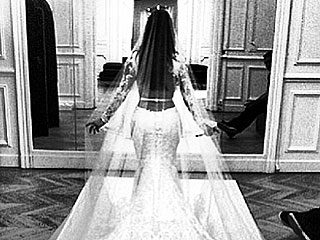 PHOTO: See the Gorgeous Rear View of Kim Kardashian's Wedding Gown (That Train!)