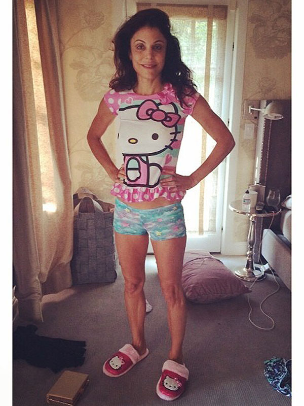 Bethenny Frankel poses in daughter's clothes