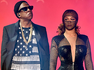 Beyoncé & Jay Z's Tour Stylist Dishes on the Couple's 'Solid' Stage Style | Beyonce & Jay Z: On The Run Tour