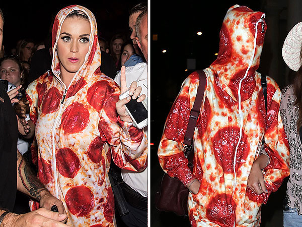 Katy Perry Cara Delevigngne pizza