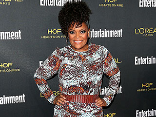 Yvette Nicole Brown: Why I'm Not Wearing Weaves or Wigs