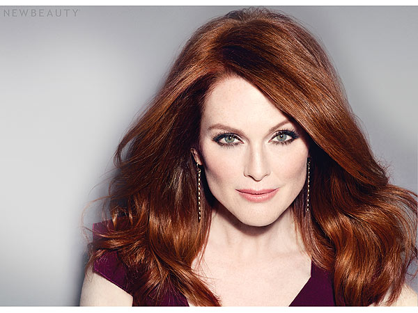 Julianne Moore beauty hair