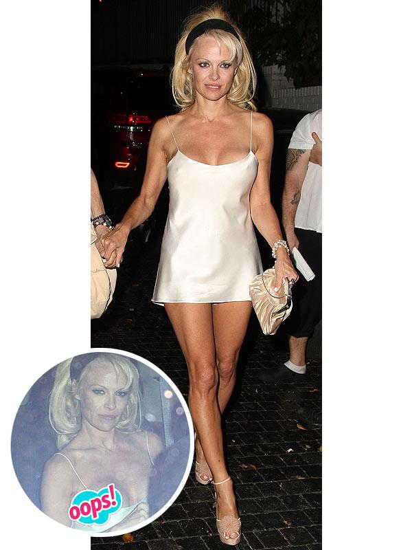 Pamela Anderson boob
