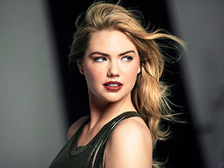 Kate Upton's Bobbi Brown Holiday Ads Are Going to Make You Wish for Winter | Kate Upton