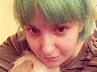 Lena Dunham Now Has Green Hair (PHOTO)