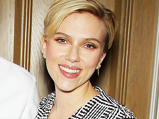Scarlett Johansson's Pixie Finally Makes Its Red Carpet Debut