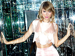 Taylor Swift: I Don't Dress for Guys, I Dress to Impress My BFFs! | Taylor Swift