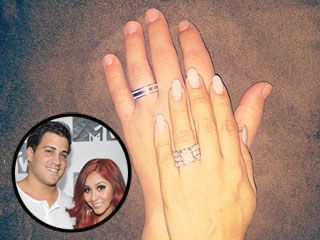 PHOTO: Snooki Debuts Diamond Wedding Rings (She Has Two!)