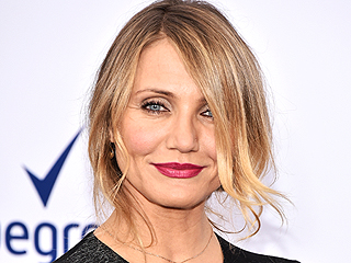 Get Cameron Diaz's Holiday-Ready Berry Lip from the Annie Premiere!