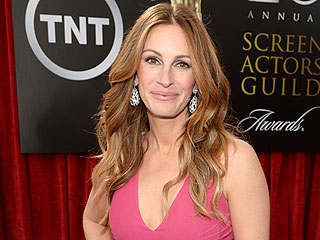 Julia Roberts on Her New Major Modeling Gig: How Am I a Supermodel at Almost 50?