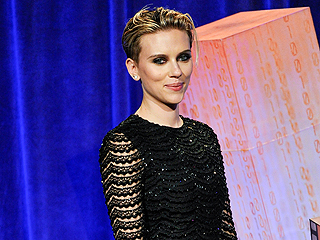 Scarlett Johansson: My Body Is 'An Okay Body' (Plus: The Real Reason She Chopped Her Hair!)