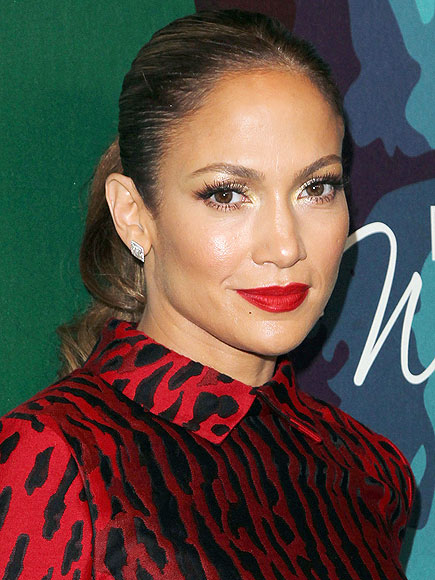 THE REDDEST OF RED LIPSTICK photo | Jennifer Lopez