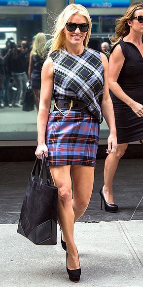 PLAID-ON-PLAID photo | Jessica Simpson