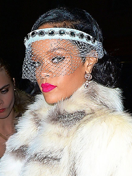 VEILS ... NOT AT WEDDINGS photo | Rihanna