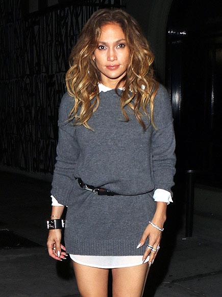 JENNIFER LOPEZ'S SWEATER DRESS photo | Jennifer Lopez