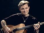 See Country Cutie Frankie Ballard Sing 'Helluva Life'