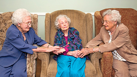 Three Sisters Over 100 Years Old? Find Out Their Longevity Secrets!