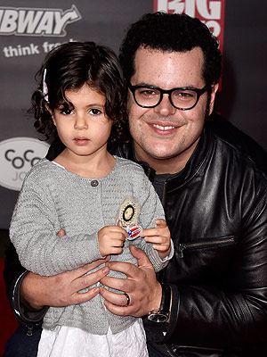 Photo of Josh Gad & his  Daughter  Ava Gad