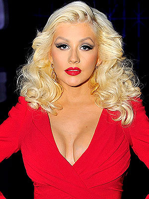 Christina Aguilera Extra daughter new music