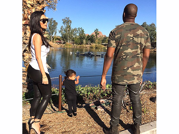 Kim Kardashian Kanye West North Zoo