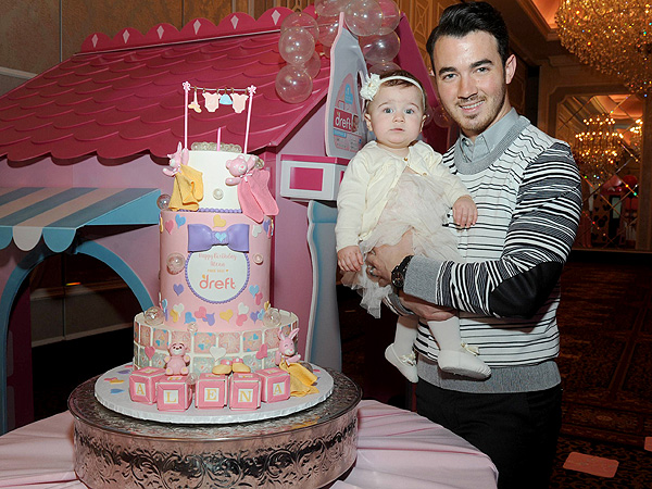Kevin Jonas daughter Alena first birthday